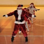 barn med jultomten
